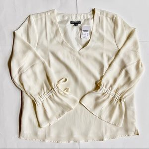 J. CREW MERCANTILE BOW SLEEVED BLOUSE